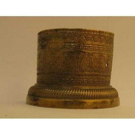 Pied de meuble ancien chapiteau en laiton achat vente for Achat de meuble ancien