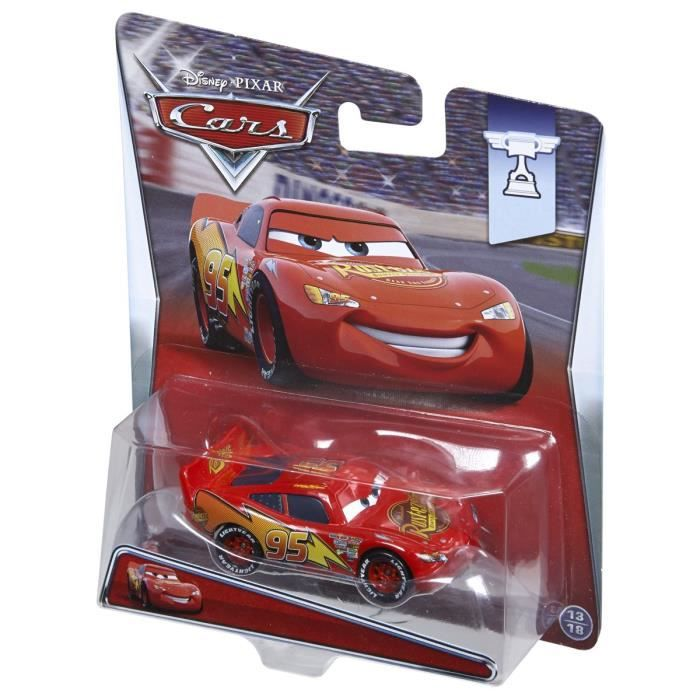 cars lightning mcqueen achat vente voiture camion cdiscount. Black Bedroom Furniture Sets. Home Design Ideas