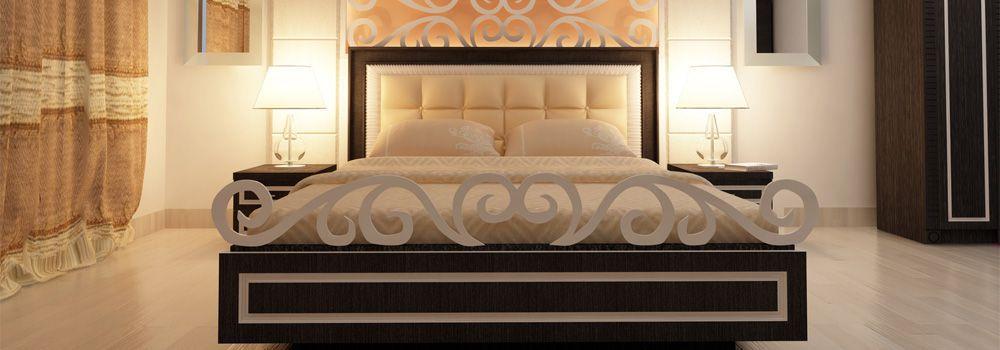 chambre à coucher beige et marron