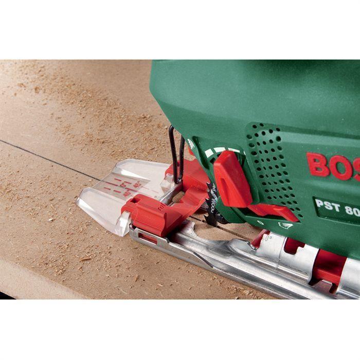 Scie sauteuse filaire BOSCH PST 800 PEL (530W, livrée avec range-lame, pare-éclats, CutControl, coffret, 1 lame pour bois)