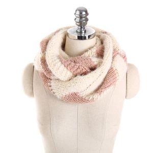 3a103aff3a65 Écharpe Unisexe écharpe Lovers Foulards Châles étoles tricotée femmes  collier écharpe  whicloud923
