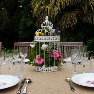latest dcoration de table grande cage oiseaux dcoration mariage cm with deco mariage pas cher. Black Bedroom Furniture Sets. Home Design Ideas