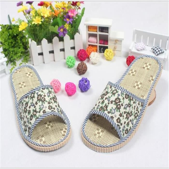 Pantoufles de plate-forme imperméable à la maison des femmes mode luxe confortable maison chaussures à la maison