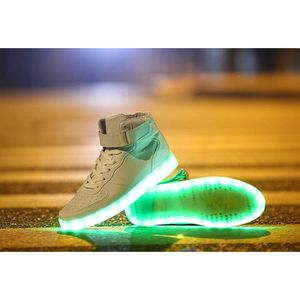 Sneakers émettant Chaussures Deux LED s'allument Patchwork Round Toe Flatform Sneakers