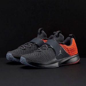 best loved fee1b e49af BASKET Chaussures Jordan Trainer 2 Flyknit