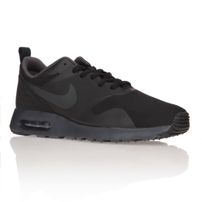 nike baskets air max tavas chaussures homme noir achat vente basket cdiscount. Black Bedroom Furniture Sets. Home Design Ideas