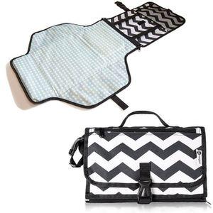 Portable de voyage tapis pliable langer pour b b avec sacs couches achat vente housse - Matelas a langer portable ...