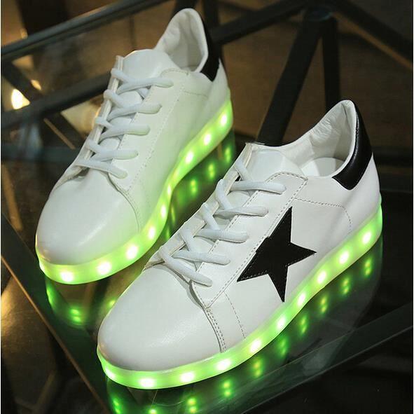 Couple chaussures avec LED multicolores rechargeables USB lumière cadeaux YRLg7