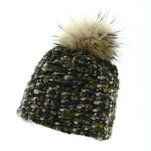 ... Mikos Bonnet fourré Hiver pour Femme - Bonnet tricoté avec Torsades et Gros  Pompon en Fausse BONNET - CAGOULE Mirabel - Bonnet laine tricoté  Marron Vert ... 605d5d917c2