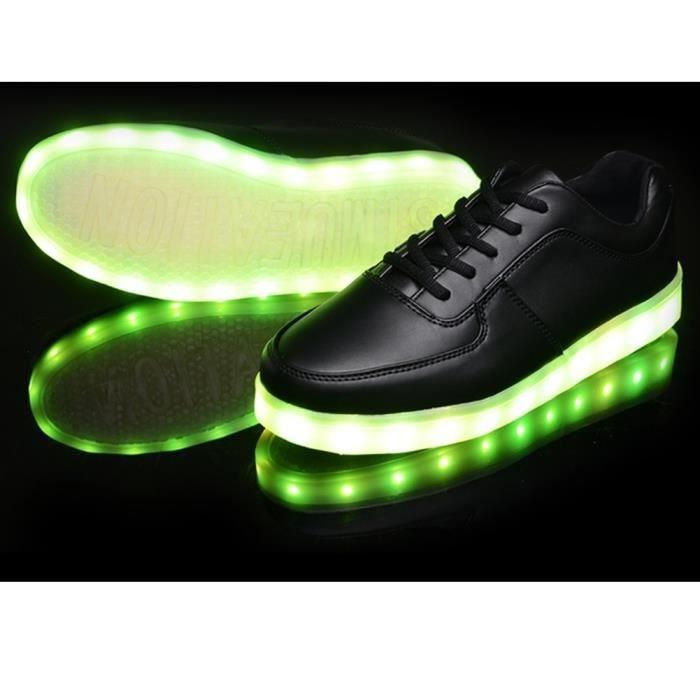 Vente chaude lumineuses chaussures de sport unisexe LED baskets mode de recharge USB