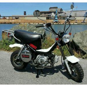 moto achat vente moto pas cher soldes d s le 10 janvier cdiscount. Black Bedroom Furniture Sets. Home Design Ideas