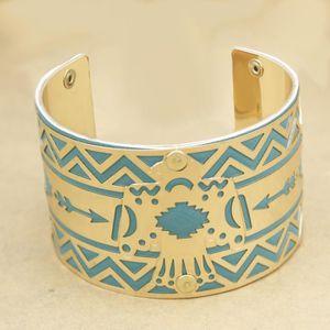 BRACELET - GOURMETTE Bracelet tribal en forme de bracelet en cuir turqu