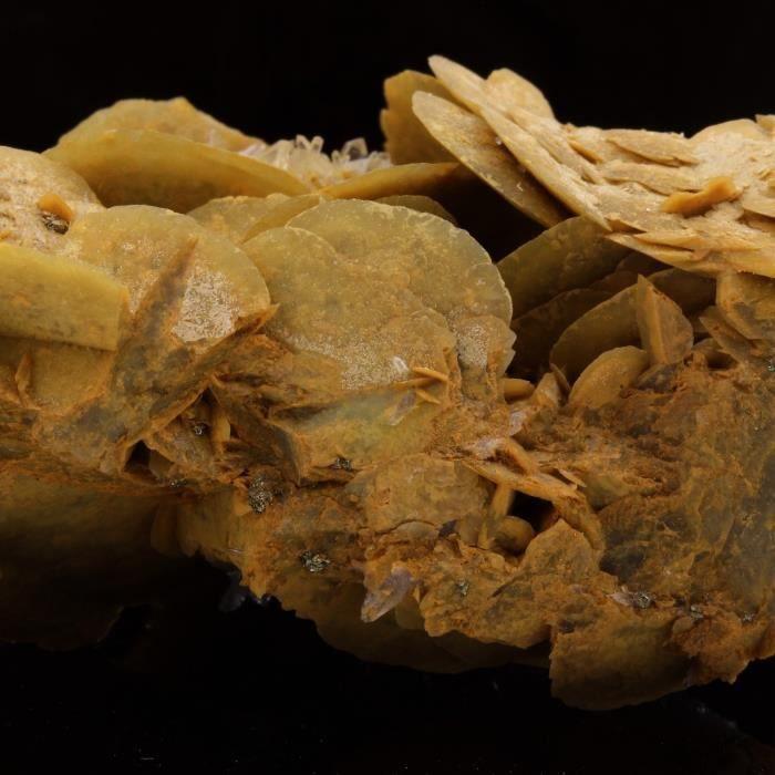 Pierre-Siderite, Quartz, Pyrite. 336.9 ct. Mésage Mine, Vizille, France. Rare