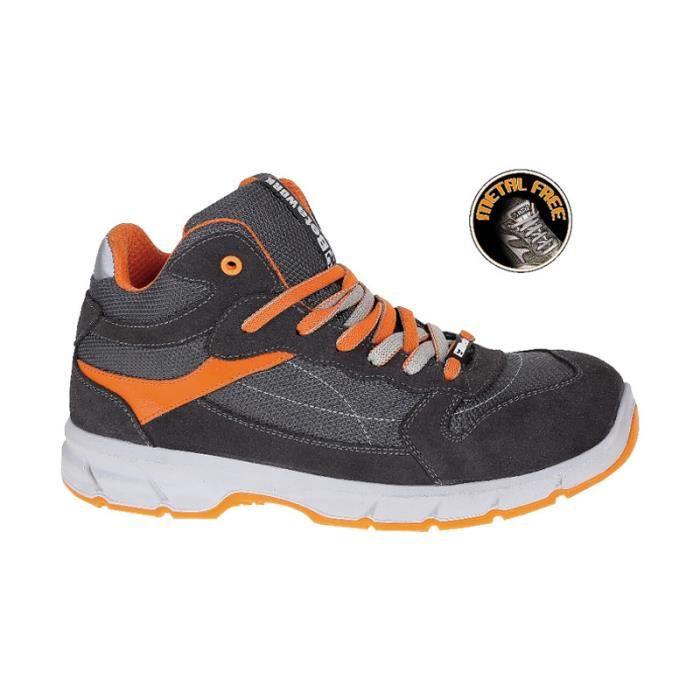 Chaussure montante type basket en croûte de velours S1P taille 41 BETA 072510241 Gris