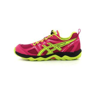 chaussure marche asics
