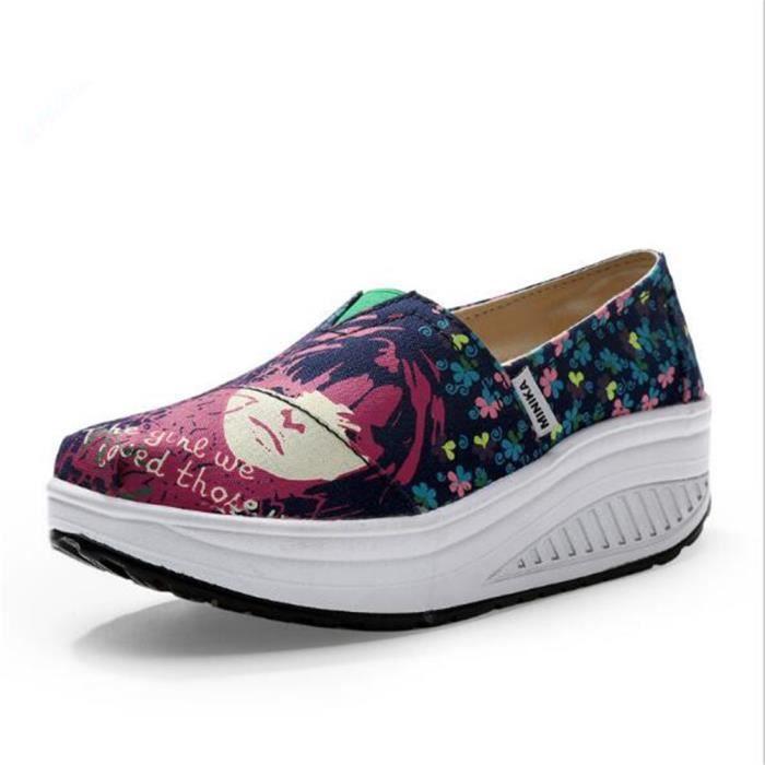 Chaussures femme de plate-forme Marque De Luxe Moccasins Augmenter les chaussures Talons hauts Grande Taille Nouvelle Mode Loafer