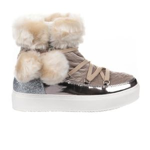 chaussures b b apr s ski achat vente chaussures b b. Black Bedroom Furniture Sets. Home Design Ideas