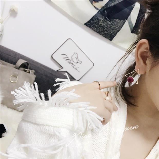 Bijoux mode 201863 boucle doreille les femmes triangle simple Pompon rose