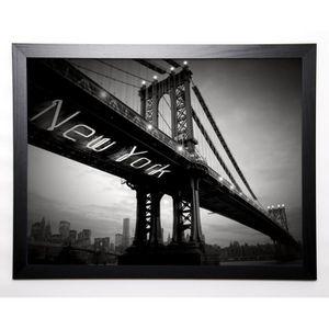 AFFICHE - POSTER BLONDE ATTITUDE Image encadrée New York Bridge 57x