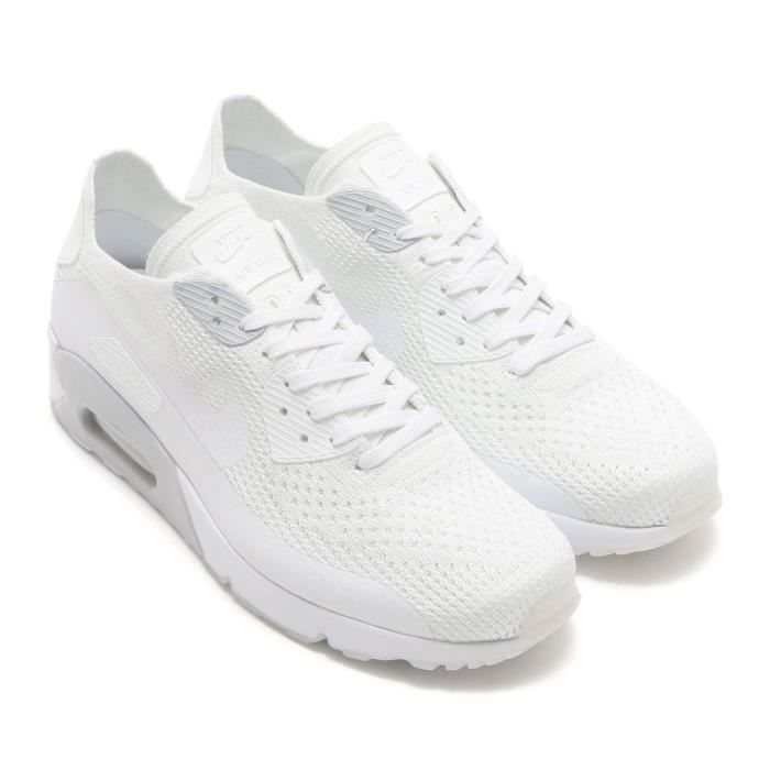 Baskets Nike Air Max 90 ULTRA 2.0 Flyknit 875943-101 blanches.