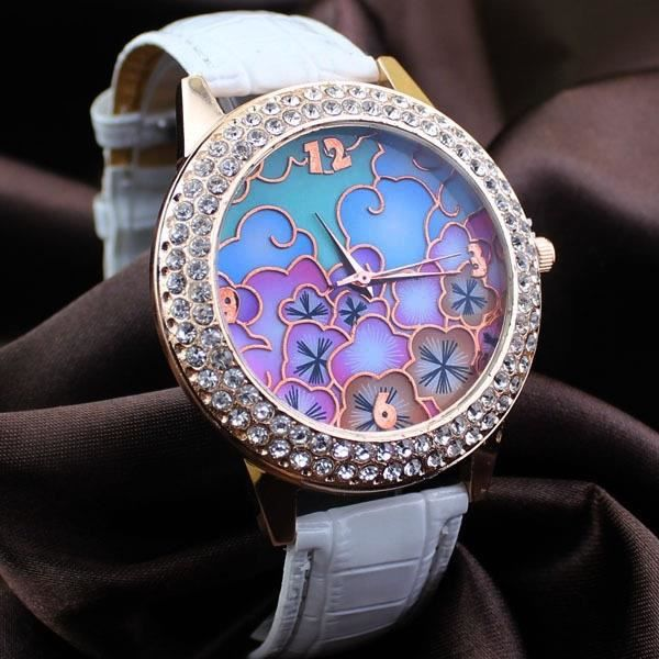 montre bracelet marron Beau haut - ceinture en cuir fin de modèle de  diamant de la mode Hot 499cab5ca1c