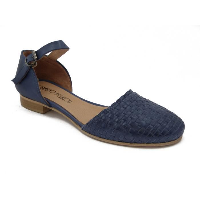 meet 7c483 188ad Modèle de chaussure de femme en face de cuir tressé et derrière cuir lisse,  talon