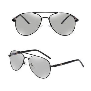 Lunettes de soleil photochromiques de transition polarisées pour hommes  conduisant des lunettes d aviateur Noir 5b8ed880e48a