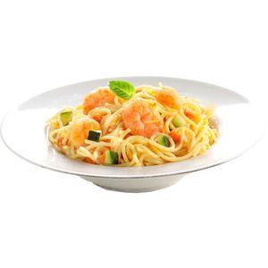 POISSON CUISINÉ Fins Spaghettis aux gambas et dés de légumes surge