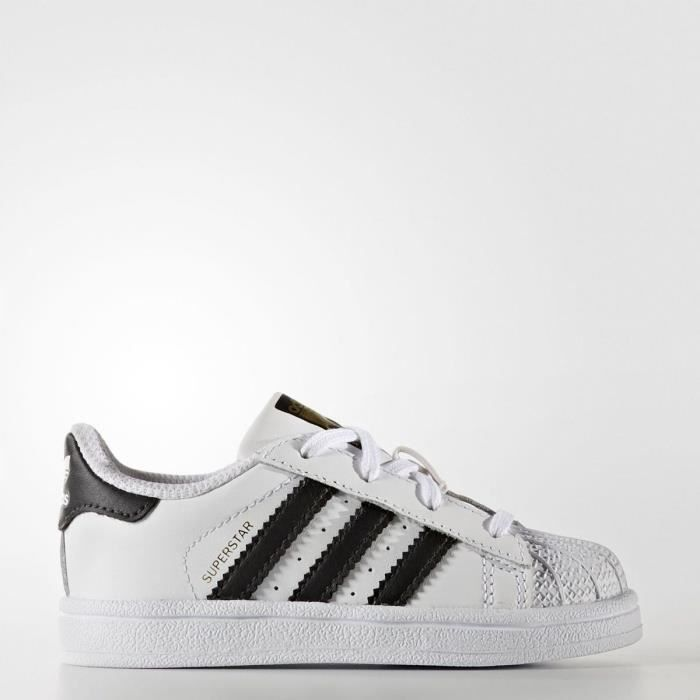 best website a46b7 55f1d BASKET ADIDAS ORIGINALS Baskets Superstar Bébé Garçon. Chaussures  multisport blanches ...