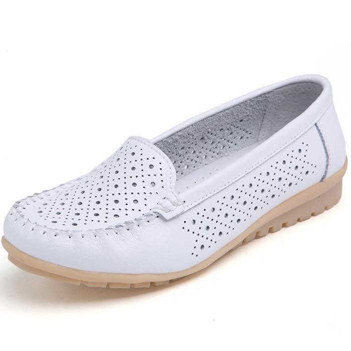 Mode casual souple en cuir véritable Dot Découpes Mocassins Femmes Chaussures
