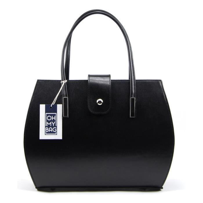 Agrémentez votre tenue avec élégance grâce à ce sac à main en cuir lisse. Doté d'une bandoulière amovible et réglable, ce modèle ...