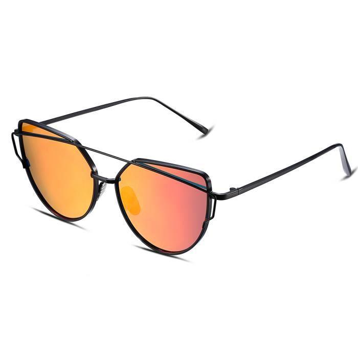 Les lunettes de soleil Femme Noir Violet