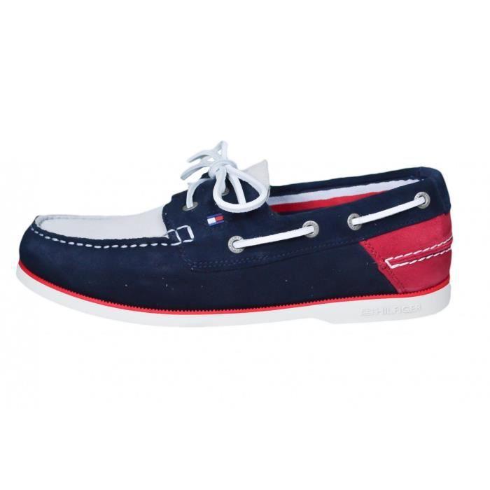 Chaussures bateau Tommy Hilfiger bleu marine rouge et beige en daim pour homme Couleur: Bleu Taille: 42