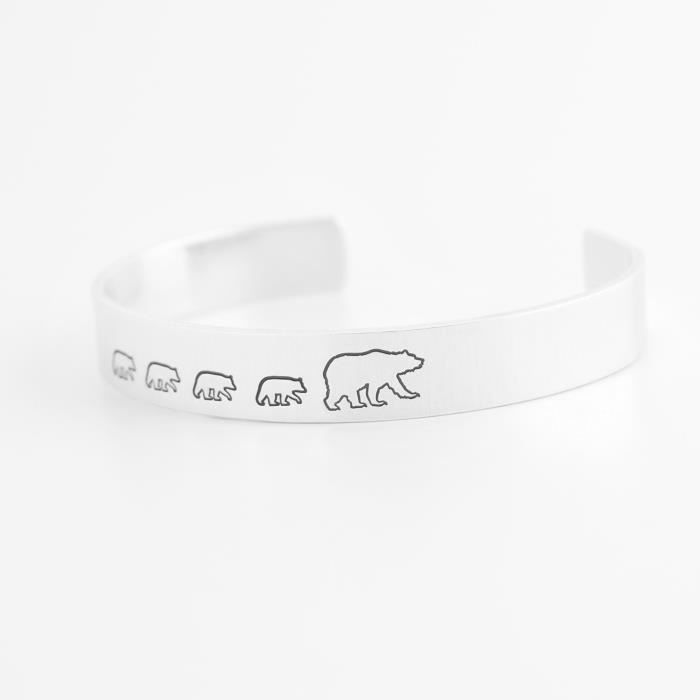 Womens Mama Bear With Four Cubs Cuff Bracelet - Hand Stamped Aluminum NC0UG