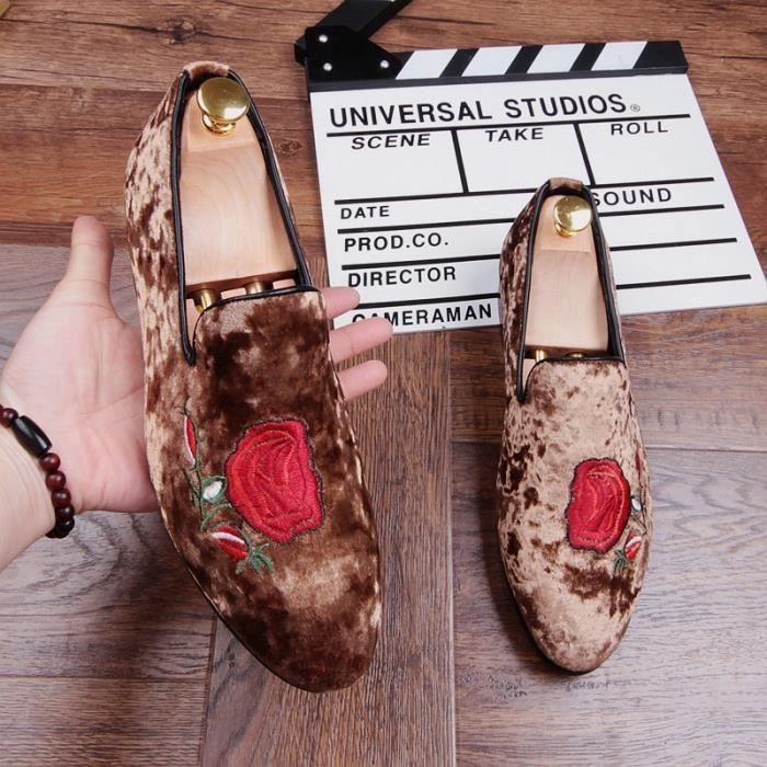 Fleurs Broderie Casual main Nubuck Chaussures en cuir véritable pour homme Gentleman Slip-Lazy Driving plates Respirant