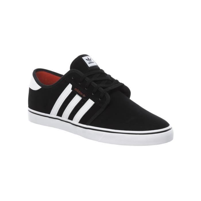 Chaussure Adidas Seeley Core Noir-Footwear Blanc-Scarlet