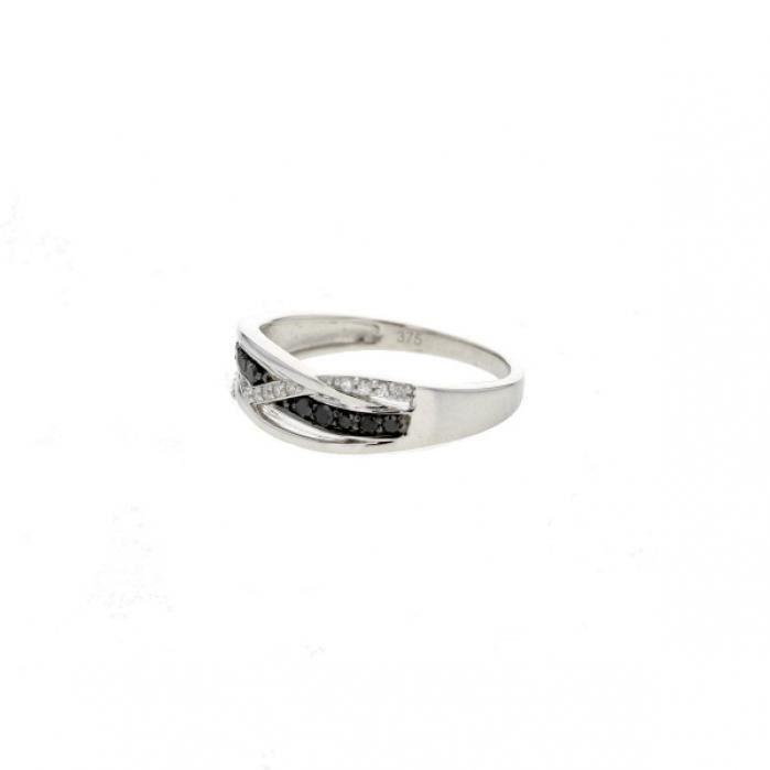 Bague Diamant noir Or:1.70 Gr Diamant:0.21 Ct
