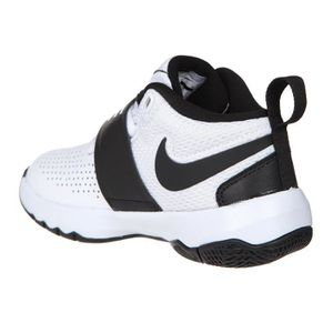 ... BASKET NIKE Baskets Team Hustle D8 Chaussures Enfant ...
