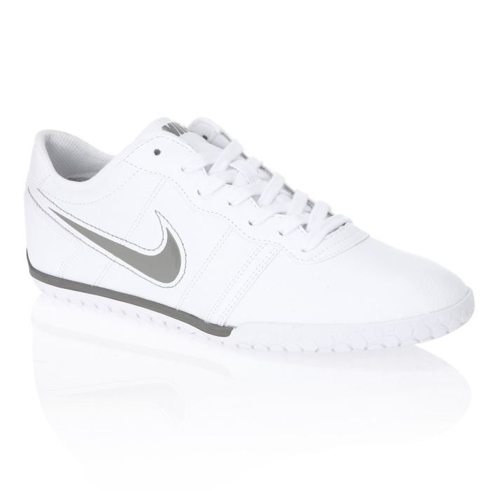 baskets nike homme blanches