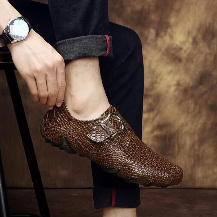 2017 nouveaux hommes Mocassins en cuir Casual Chaussures respirantes de conduite Mode Chaussures affaires avec Buckles