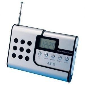 AEG DRR 4107 Radio Portable Détachable - Ecouteurs InclusRADIO CD - RADIO CASSETTE - FM