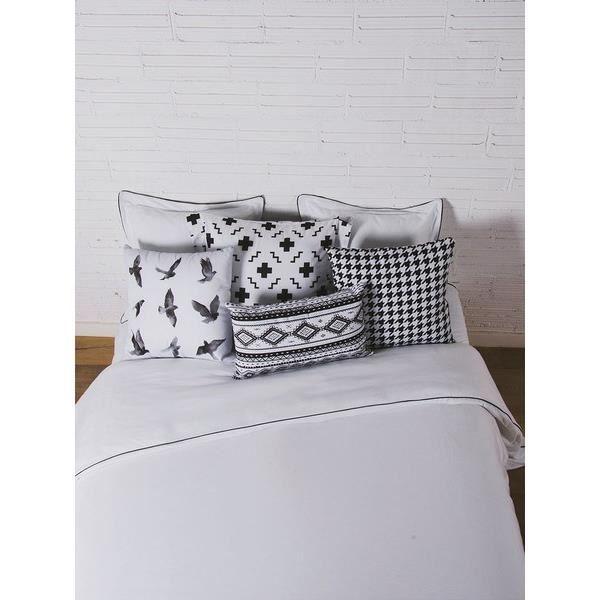 Matière : 100% coton - Dimensions : 240x220 cm - Coloris : noir et blancHOUSSE DE COUETTE