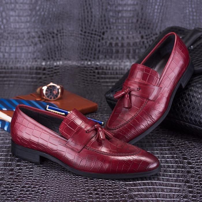 Marque Hommes Tassel Mocassins 100% cuir véritable de luxe de glissement sur le vin rouge noir Chaussures habillées formelles Homme