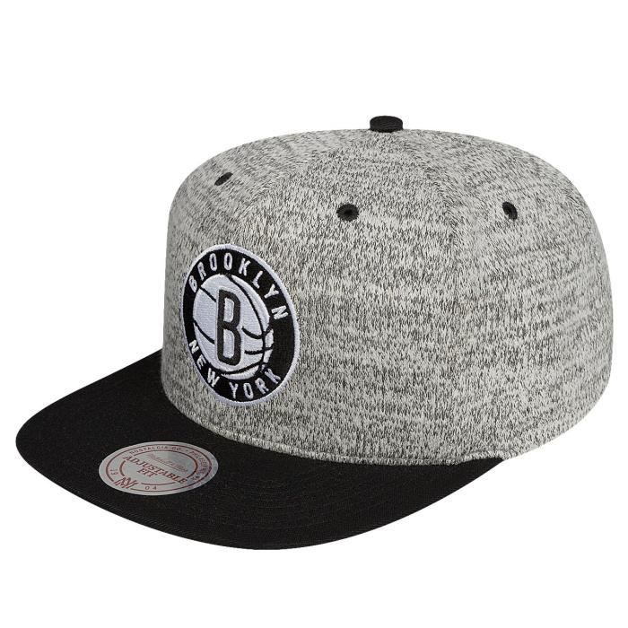 34c1eb8e0ca81 ... Duster Brooklyn Nets gris Réglable. CASQUETTE Mitchell & Ness Homme  Casquettes / Snapback Grey D