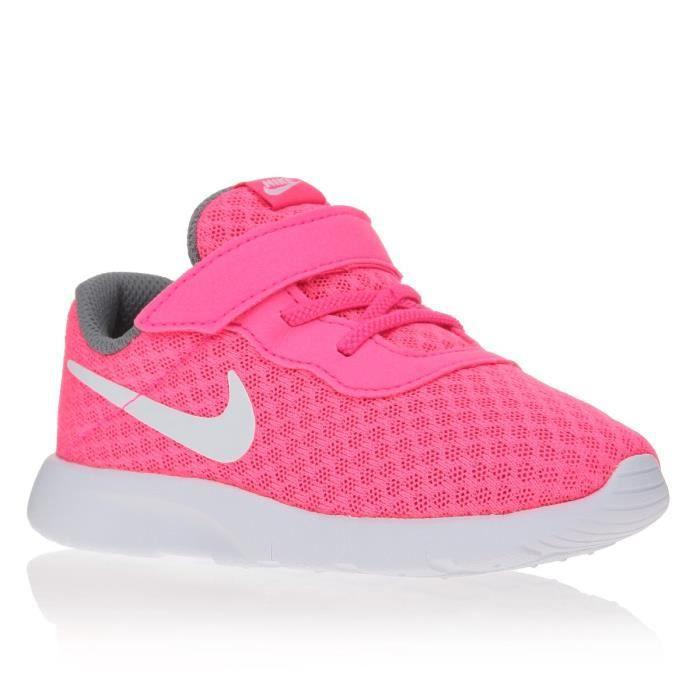 nike baskets tanjun chaussures b b fille rose et blanc achat vente basket soldes d s le. Black Bedroom Furniture Sets. Home Design Ideas
