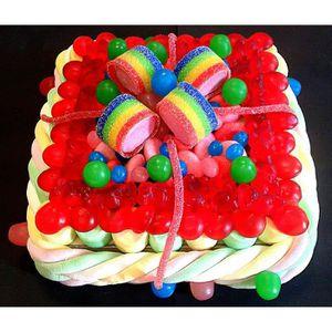 Gateau decore de bonbons