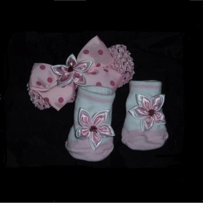 a5fa9c6299077 Lot chaussettes naissance 6 mois bébé filles rose blanc et bandeau cheveux  noeud fleur assorti serre-tête beauté 0 à 10 ans