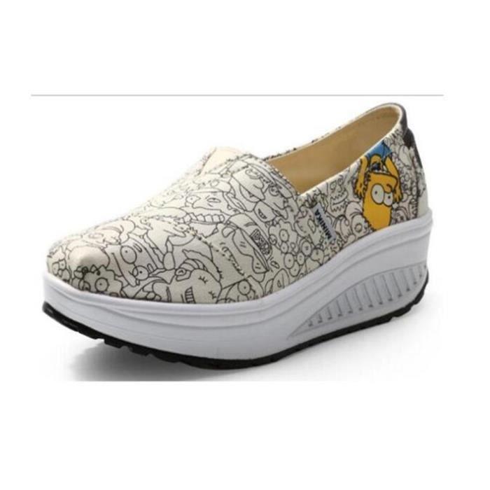 Moccasins femmes Poids Léger Durable Confortable Antidérapant Chaussure Marque De Luxe en tissu rétro Grande Taille 35