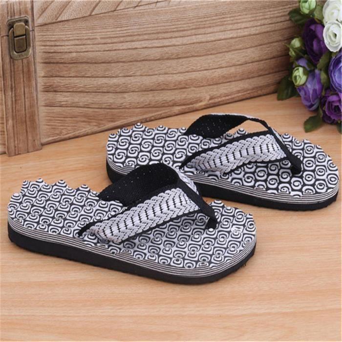 D'été Hommes Pantoufles Mâle String Sandales Casual Cool Plage Flip Flops Glissent Sur Plat Chaussures De Massage Piscine Gymnase