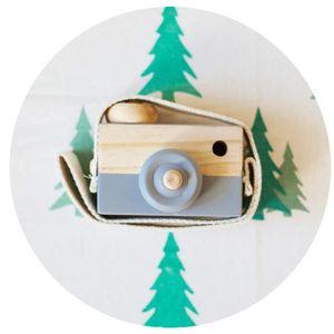APPAREIL PHOTO ENFANT L'appareil-photo en bois mignon d'enfants de bébé